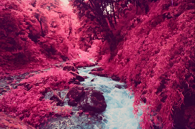 infrared-photographs-of-Annapurna-Himalayan-Range-by-sean-lynch-7